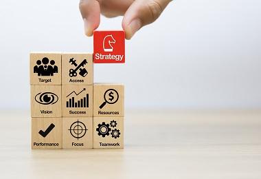 چه زمانی استراتژی یک کسب و کار را باید تغییر دهیم؟