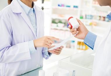 چگونه به عنوان یک داروساز با بیمار ارتباط برقرار کنیم؟